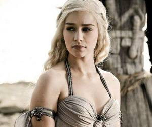 game of thrones, daenerys targaryen, and daenerys image
