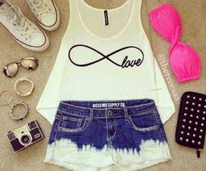 outfit, summer, and clothes image
