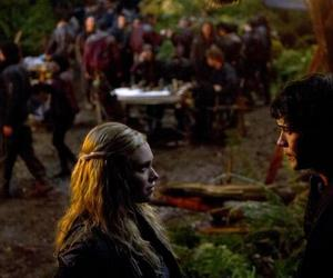 the 100, bellarke, and tv show image