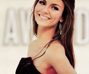 beautiful, jewelry, and victoria justice image