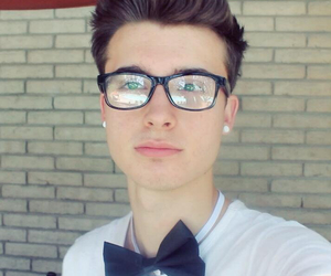 chris collins, Hot, and weeklychris image