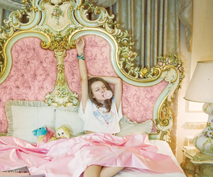 girl, bedroom, and pink image