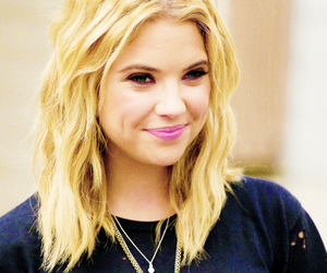 ashley benson, pll, and pretty little liars image