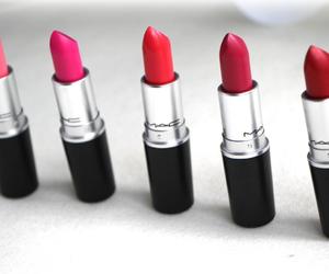 lip stick image