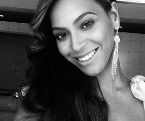 beyoncé, smile, and Queen image