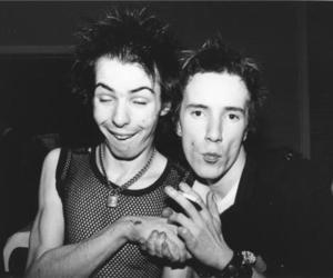 sid vicious, johnny rotten, and sex pistols image