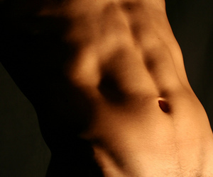 abs and belly button image