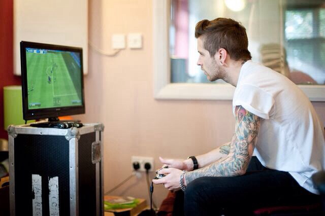 tattoo, game, and boy image