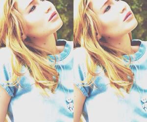 Jennifer Lawrence and icon image