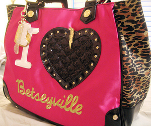 heart, betseyville, and fucking sexy image