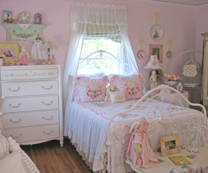 room, pink, and cute image