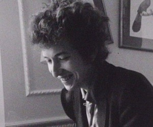 bob dylan and black and white image
