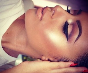 contour, nice, and eyes image