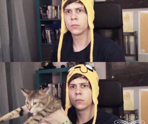 elrubiusomg, cat, and youtuber image