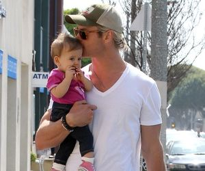 chris hemsworth, actor, and baby image