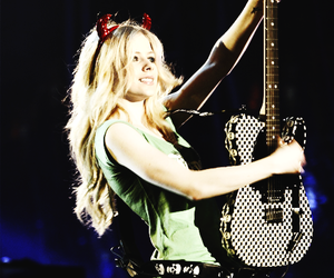 Avril Lavigne and rock image