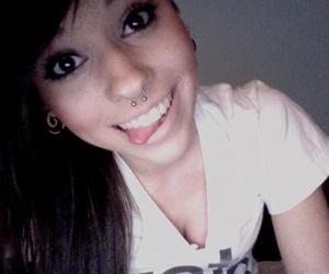 girl, glitterpubez, and piercing image