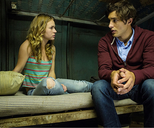 britt robertson and under the dome image