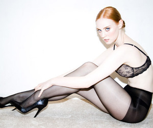 blonde, fashion, and gloves image