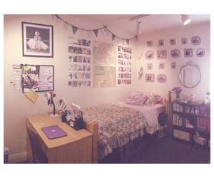 decor, dorm room, and room image