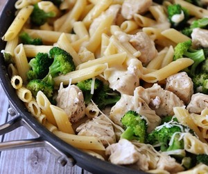 broccoli, healthy, and Chicken image
