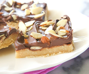 almond, bars, and nuts image