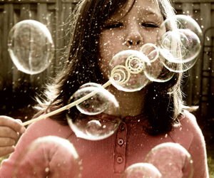 girl, bubbles, and cute image