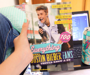 tumblr, book, and justin bieber image
