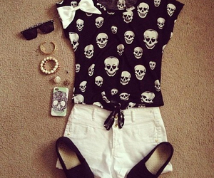 fashion, outfit, and skull image