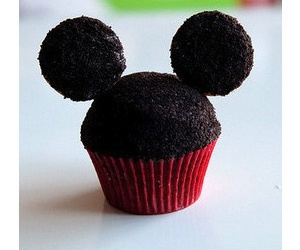 cupcake, yum, and delicious image