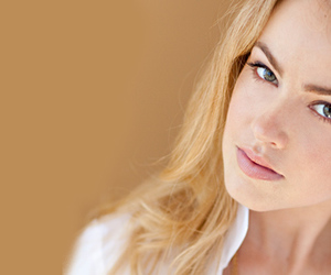 girl, one tree hill, and amanda schull image