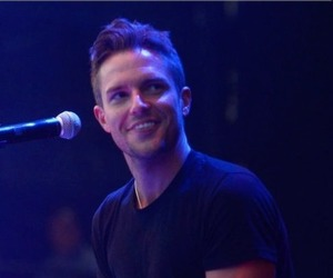 brandon flowers, concert, and smile image