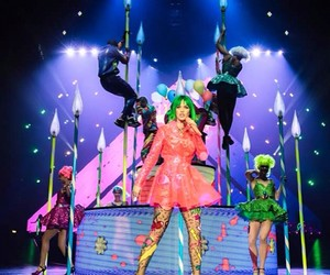 katy perry and prism image