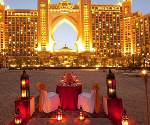 Dubai, luxury, and romantic image