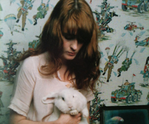 florence welch, indie rock, and rabbit image