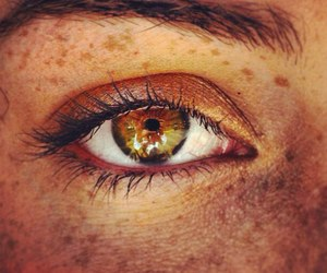 eye, beautiful, and freckles image