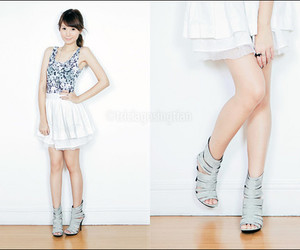casual, heels, and skirt image