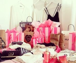 shopping, hollister, and pink image