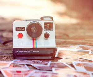 pictures, polaroid, and shake it image
