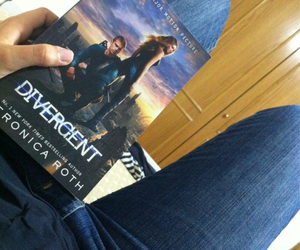 book, divergent, and tris image