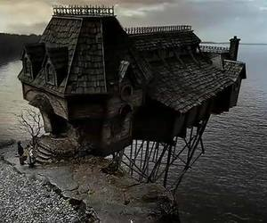 house and movie image