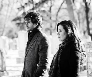 caroline dhavernas, hannibal, and hugh dancy image