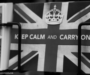 black and white, keep calm, and Londres image