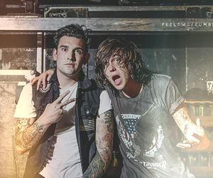 kellin quinn and sws image