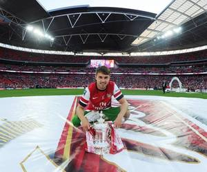 Arsenal and aaron ramsey image