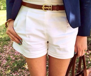 preppy, sarah vickers, and classy girls wear pearls image
