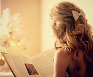 blonde, bow, and curls image