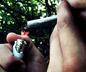 cigarette and cigareta image