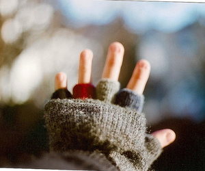 hand, photography, and cold image