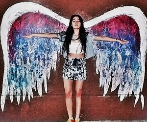 girl, isabelle fuhrman, and angel image